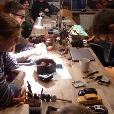 Box repair cafe 15.12 image02 credit paivi raivio 660x440