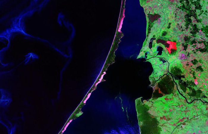 Curonian spit and lagoon satellite photo by landsat nasa 2000